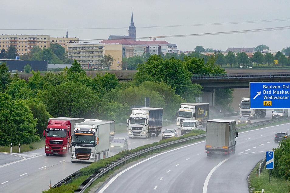 Noch rollt der Verkehr auf der A 4 bei Bautzen ungehindert. Ab Montag gibt es Einschränkungen durch Bauarbeiten.