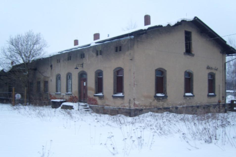 Das ehemalige BHG-Gelände am Ebersbacher Bahnhof.