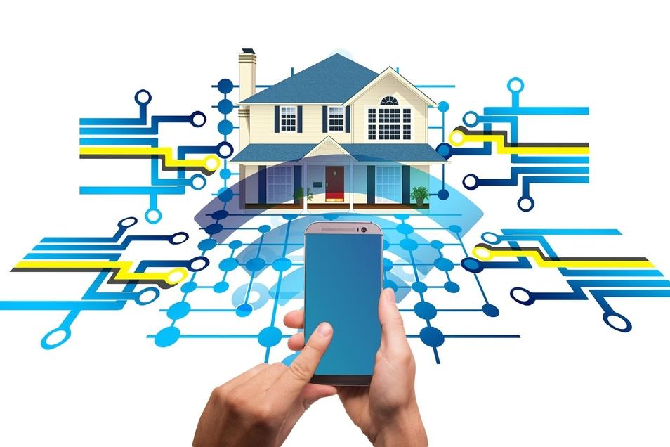 """Die gesamte Technik eines Hauses oder einer Wohnung mit dem Smartphone steuern - das ist die Zukunftsvision """"Smart Home""""."""