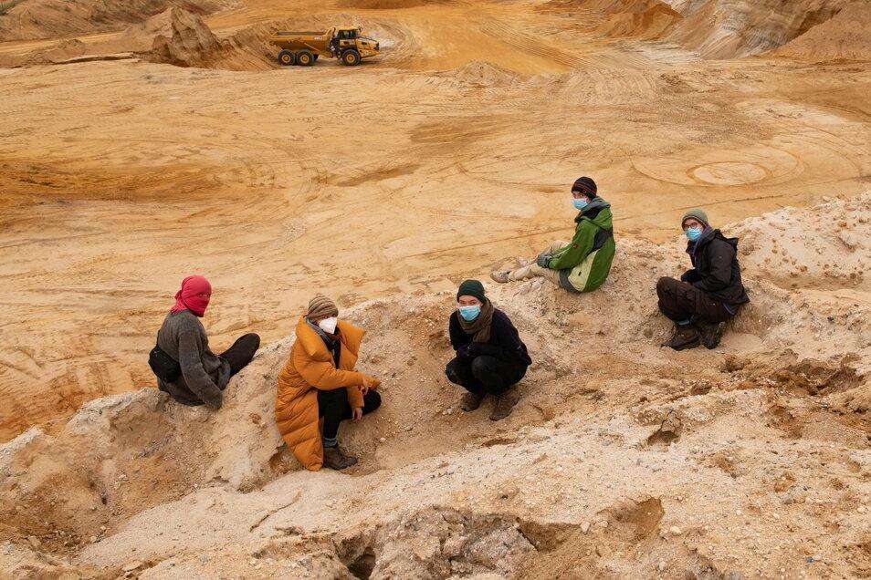 Der Tagebau Würschnitz I soll erweitert werden. Das wollen die Waldbesetzer verhindern.