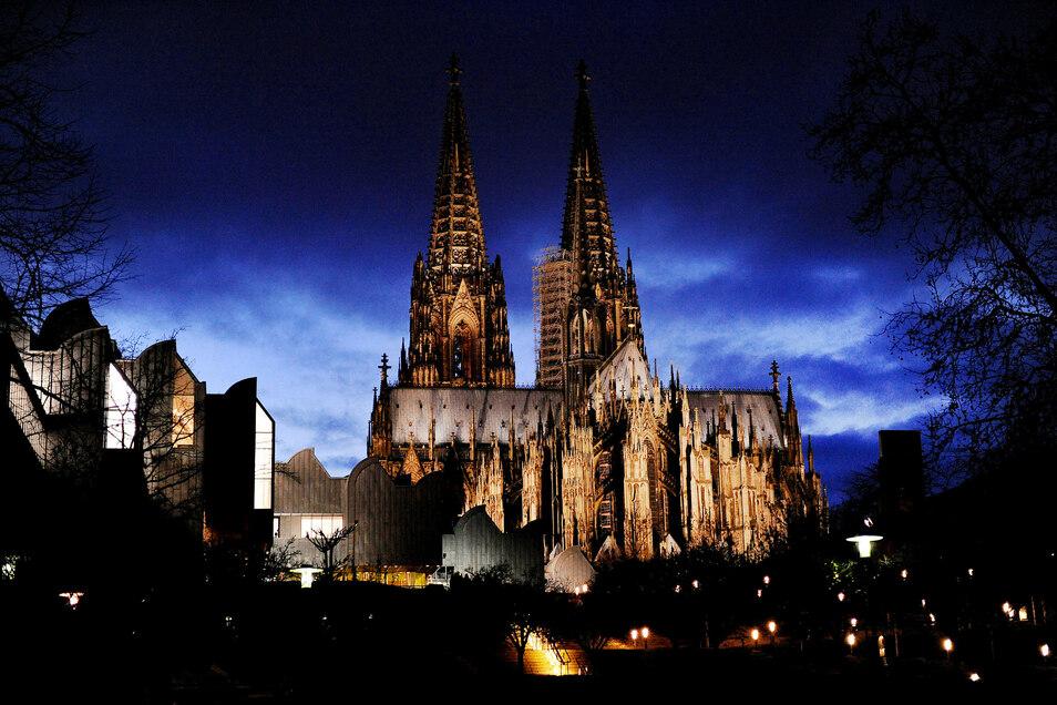 """Inzwischen wohnt Paula Irmschler in Köln: """"In Köln sehe ich Menschen von überall, in Dresden hingegen fällt es auf, wenn man Menschen sieht, die nicht weiß sind."""""""