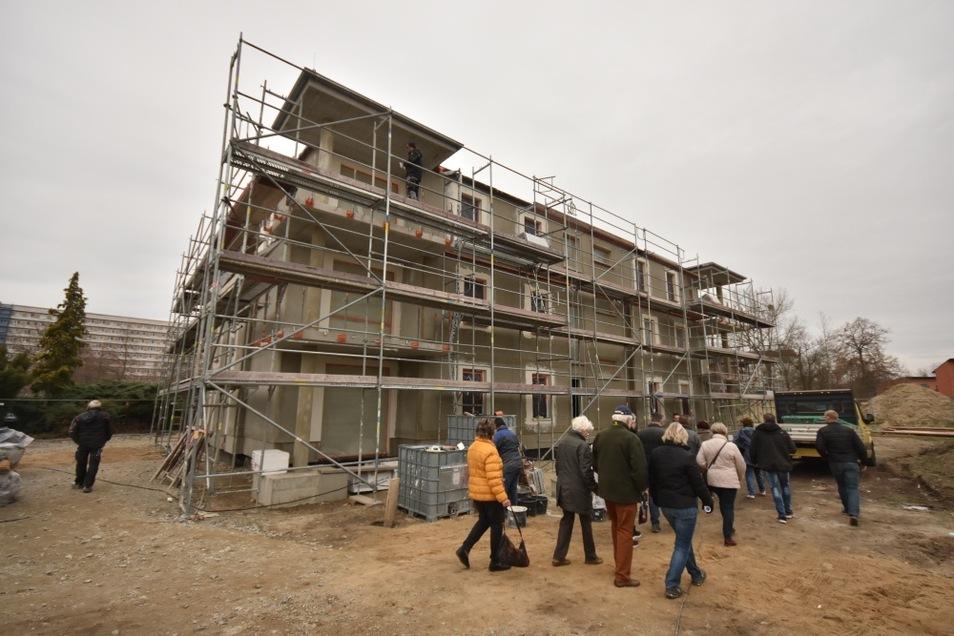 Acht Wohnungen entstehen im Haus Scheibe-See. 60 Anfragen gab es. Längst sind die Wohnungen vergeben. Drei weitere identische Häuser sollen nun entstehen.