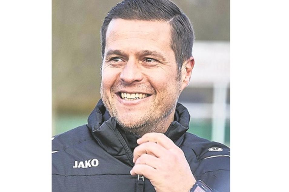 Pokalsieg zum 41. Geburtstag: VfL-Trainer Frank Paulus.