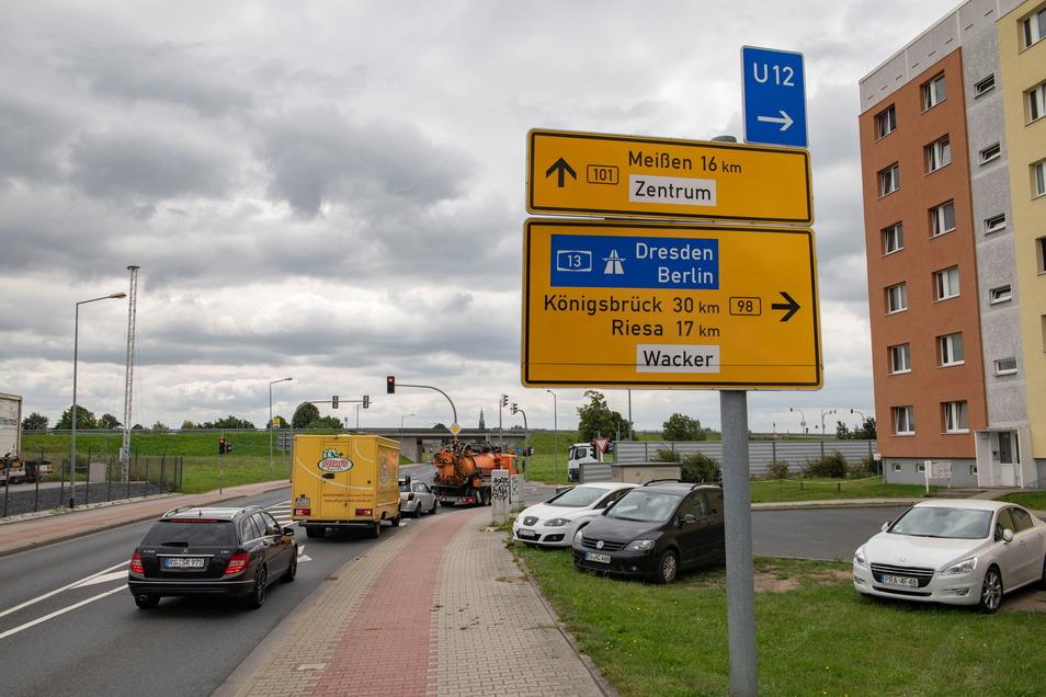"""Insbesondere der Bereich, wo sich die Bundesstraßen 98 und 101 in Großenhain """"treffen"""" gehört zu den meistbefahrenen. Nur Ortsumgehung der 101 flammt nun eine neue Debatte auf."""