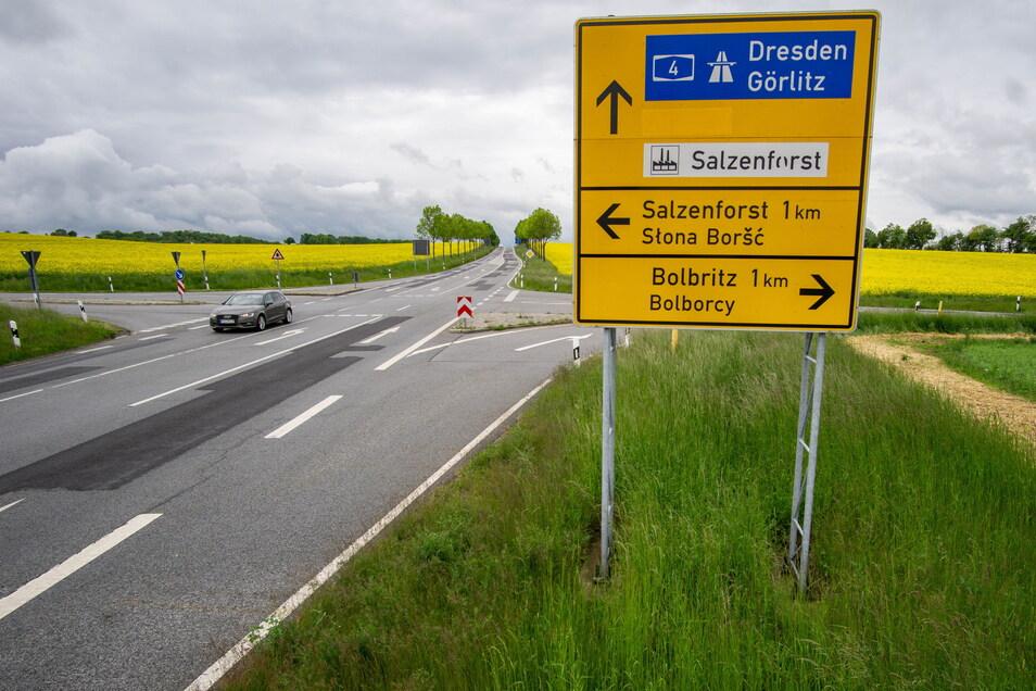 In Salzenforst wird ein neuer Kreisverkehr gebaut. Die Arbeiten beginnen am Montag.