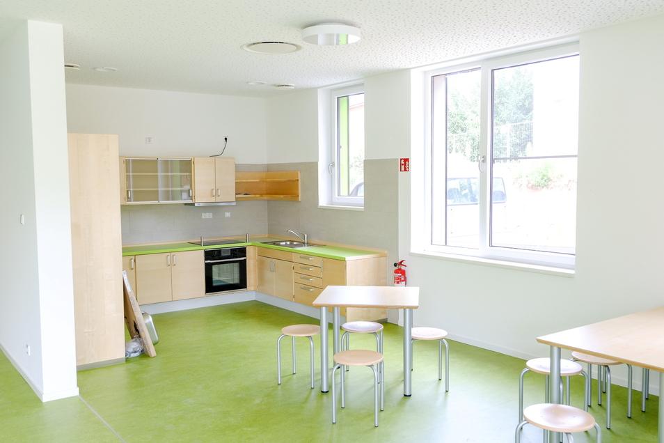 In der Kinderküche können Mädchen und Jungen selbst backen und kochen.