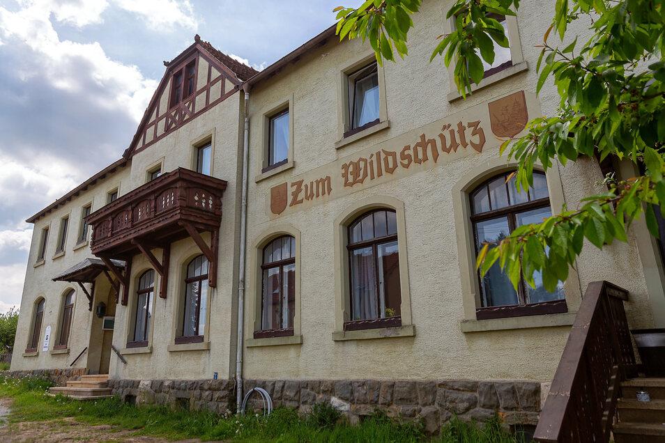 """In der Dorfhainer Pension """"Zum Wildschütz"""" kam es zu einem handfesten Streit zwischen dem Vermieter und dem Angeklagten."""