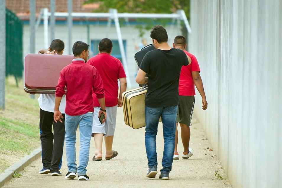Flüchtlinge in einer Erstaufnahmeeinrichtung in Ingelheim in Rheinland-Pfalz (Symbolfoto).