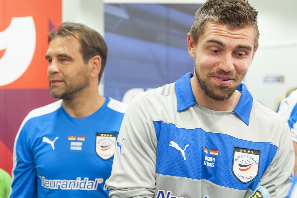 Für eine Ost-Auswahl sind Ulf Kirsten (l.) und sein Sohn Benjamin, genannt Benny, im November 2010 im Leipziger Zentralstadion gemeinsam aufgelaufen.
