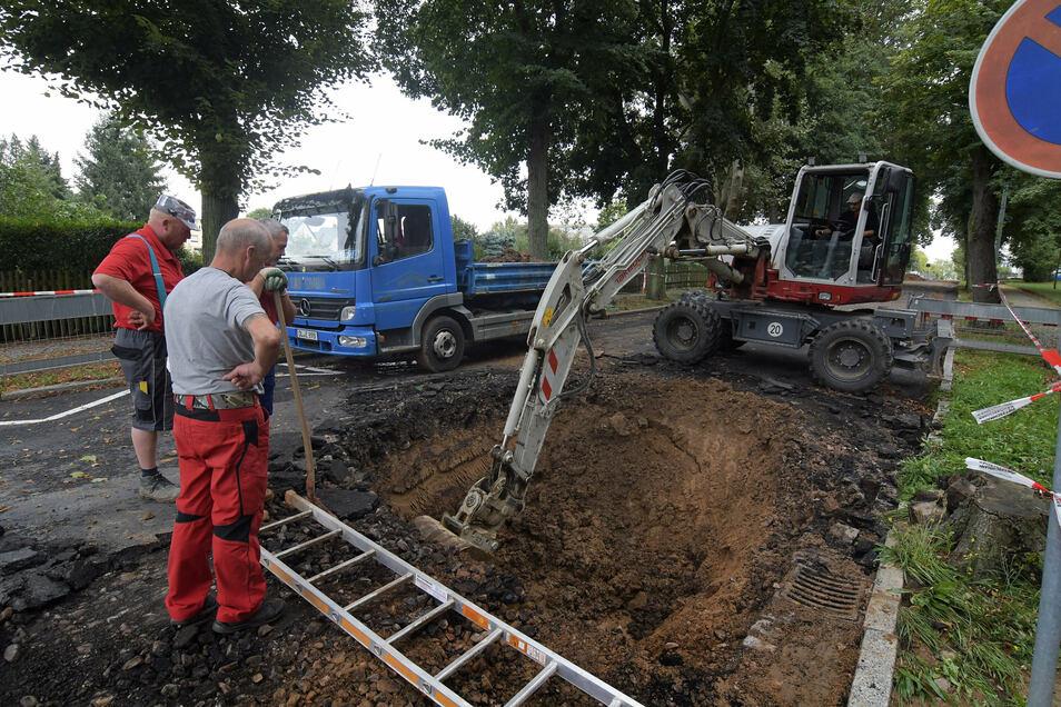 Symbolbild: Der Baubeginn für die Kanalarbeiten in Hartha auf der Sonnenstraße startet später als zunächst gedacht.