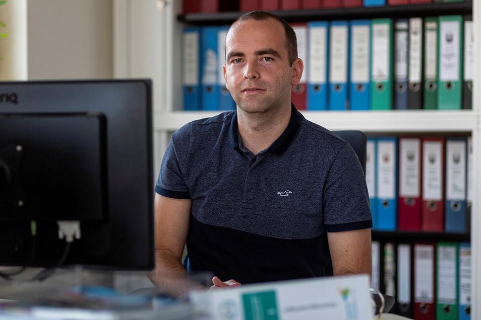 Patrick Goldschmidt arbeitet als Energiemanager der Stadt Wilsdruff und hat einen großen Anteil daran, das die Stadt ein wichtiges Etappenziel erreicht hat.