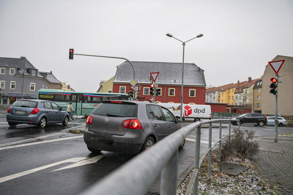 Nach wie vor umstritten ist die Verkehrsregelung am Radeburger Platz in Großenhain.