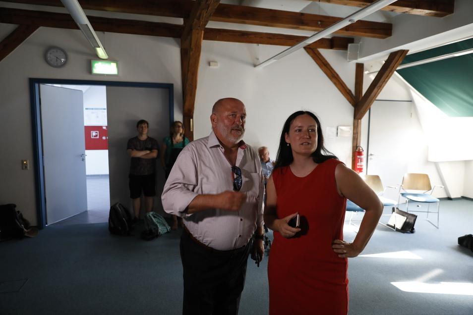 Oberbürgermeister Siegfried Deinege und die Chefin der Europastadt Göriltz/Zgorzelec, Andrea Behr, sind ebenso in der Jägerkaserne.