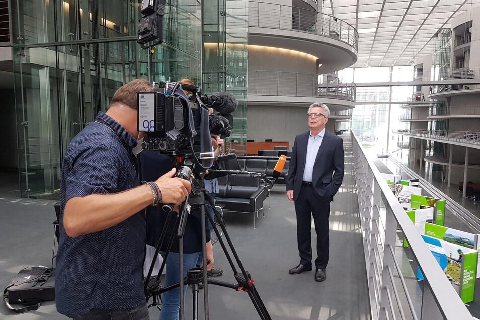 Eines seiner letzten Interviews im Bundestag: Thomas de Maiziere spricht am Freitag mit dem ZDF.