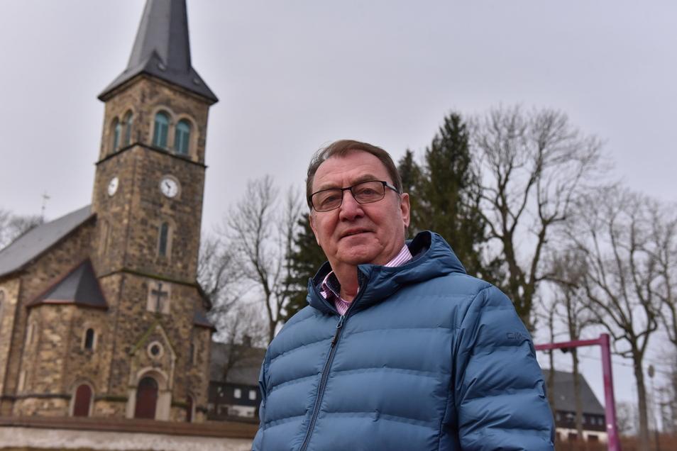 Andreas Liebscher ist seit 2014 ehrenamtlicher Bürgermeister in Hermsdorf/E.. Der 63-Jährige stellt sich jetzt zur Wiederwahl.