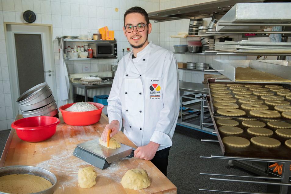 Kurt Tischer arbeitet als Bäckermeister im elterlichen Familienbetrieb am Rostiger Weg. Er ist nun die dritte Generation der Bäckerei Tischer.