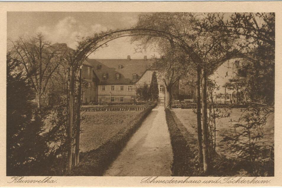 In etwa so sahen die Schwesternhäuser aus in der Zeit, in der der Film spielt.