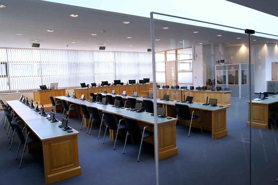 Ein Blick in den Sitzungssaal für die Verhandlung des Halle-Attentats.