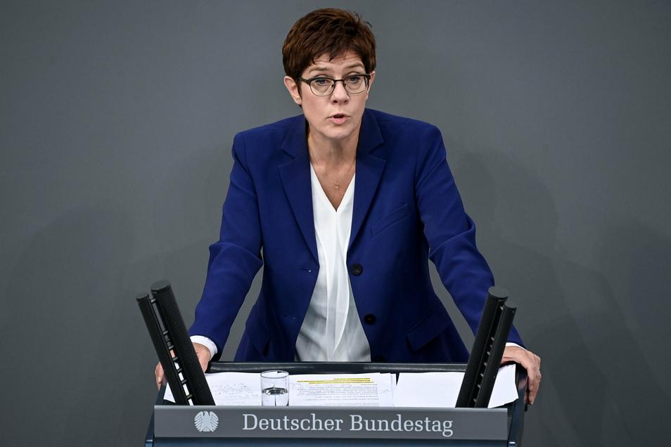 Annegret Kramp-Karrenbauer ist seit Dezember 2018 Bundesvorsitzende der CDU. Beim nächsten Parteitag gibt sie den Posten ab.