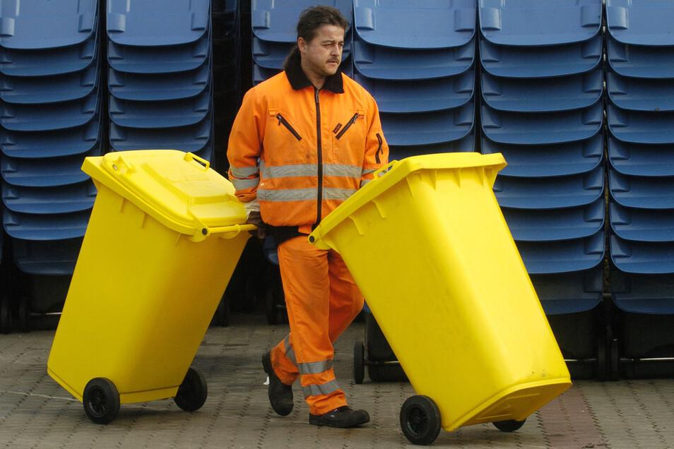 Die Zeiten für den Gelben Sack sind im Landkreis Meißen gezählt. Er wird in den nächsten Wochen durch feste Tonnen ersetzt.