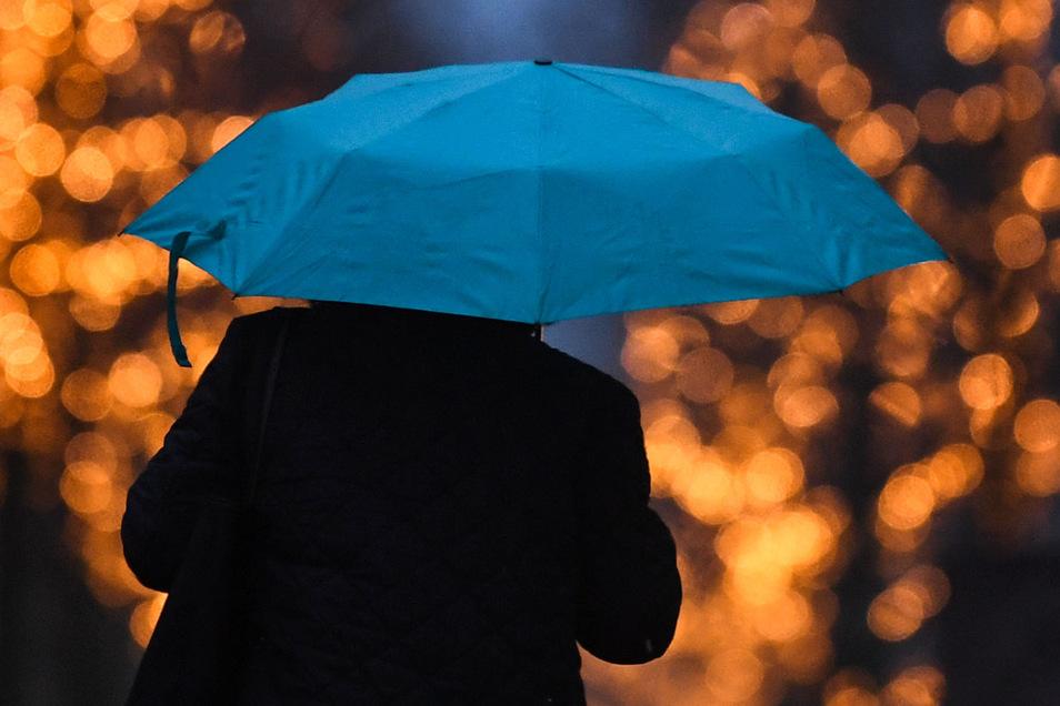 Nach dem langen, trockenen Sommer musste vielerorts der Regenschirm wieder hervorgeholt werden.