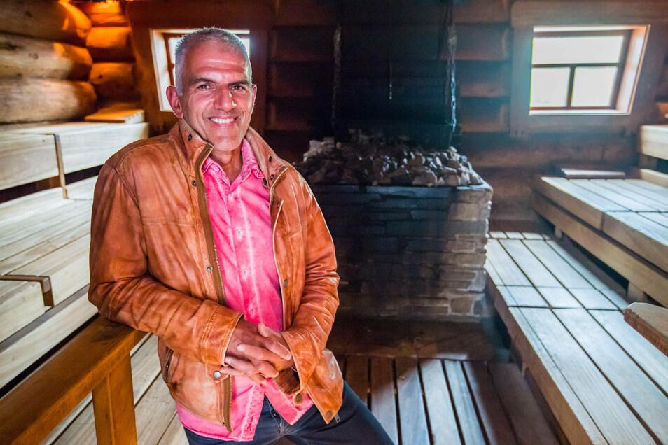 Hendrik Pötter, Chef der Badegärten in Eibenstock, kämpft dafür, dass in Sachsens Saunen wieder Aufgüsse möglich sind.
