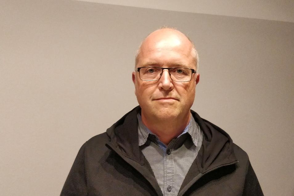 Michael Börner gewinnt die Bürgermeisterwahl in Hartmannsdorf-Reichenau mit 56,7 Prozent Stimmanteil.