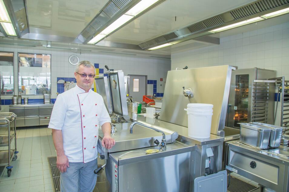 Uwe Walter ist der Geschäftsführer der Küchenbetriebe Martinshof in Rothenburg.