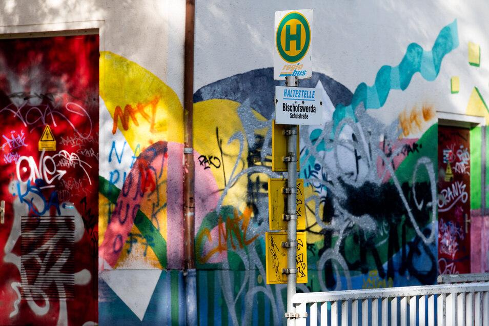 Die Haltestelle an der Schulstraße in Bischofswerda wird in den Sommerferien barrierefrei ausgebaut.