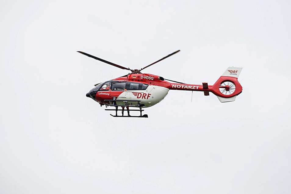 Ein Motorradfahrer verletzte sich am Dienstagnachmittag bei einem Unfall in Großschirma schwer. Er kam mit dem Rettungshubschrauber in ein Krankenhaus.