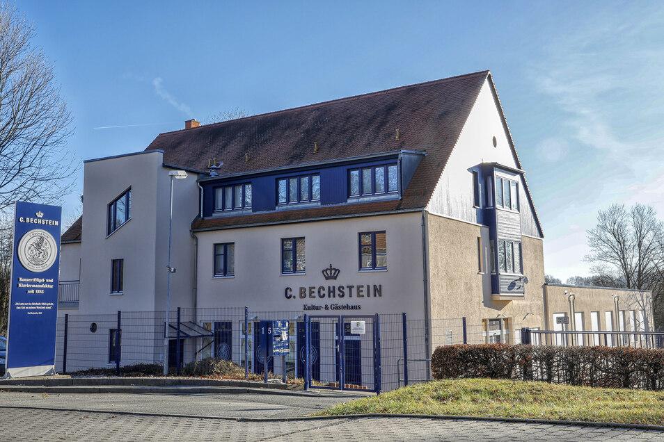 Das Kultur- und Gästehaus von C. Bechstein an der Nordstraße in Seifhennersdorf.