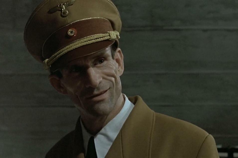 "Ulrich Matthes 2004 als Joseph Goebbels in ""Der Untergang""."