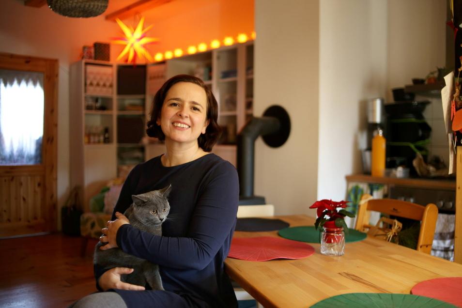 Kristina Seifert ist Hebamme. Die Mutter von sechs Kindern ist zudem Stadträtin in Görlitz. Sie fällte jetzt eine Entscheidung, die ihr nicht leicht fiel.
