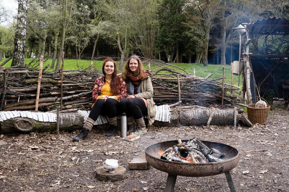 Haben sich zusammen einen Traum erfüllt und selbstständig gemacht: Die Zaunreiterinnen Katharina Schubert (links) und Katja Baller (rechts).