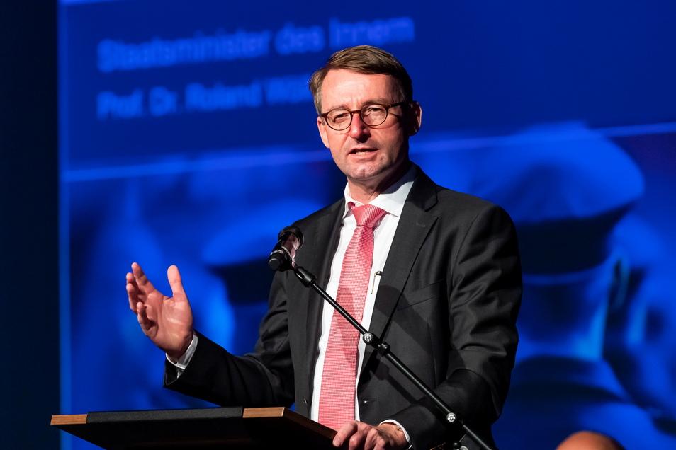 Sachsens Innenminister Roland Wöller (CDU) bei der Feier am Freitag.
