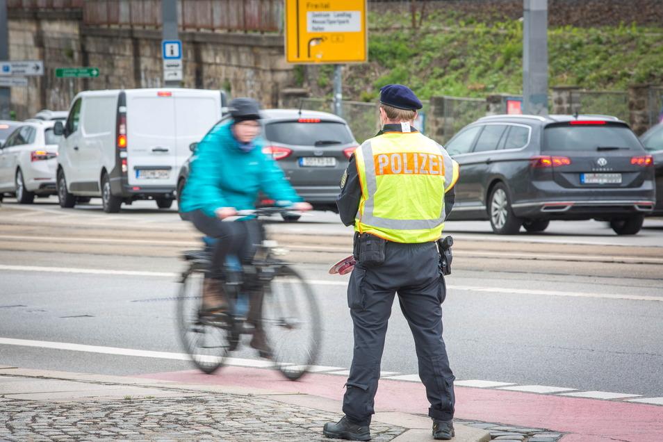 Die Polizei hatte den Radverkehr wie hier an der Marienbrücke zwei Wochen lang besonders im Blick.
