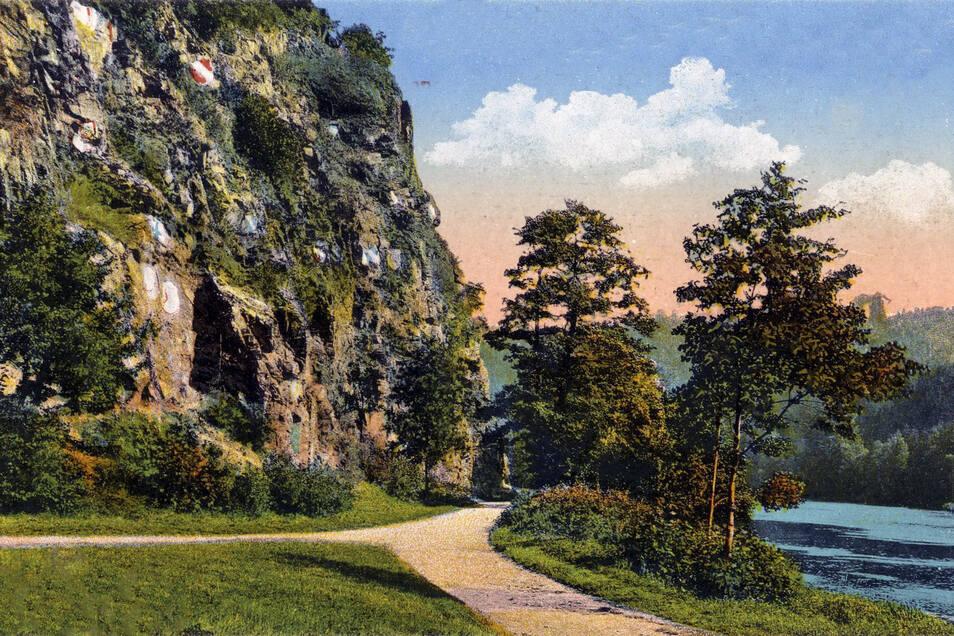 Unterhalb des Wappenfelsens verlief ein Wanderweg von Mittweida zur Lauenhainer Mühle, der mit dem Anstau 1929 verschwand.