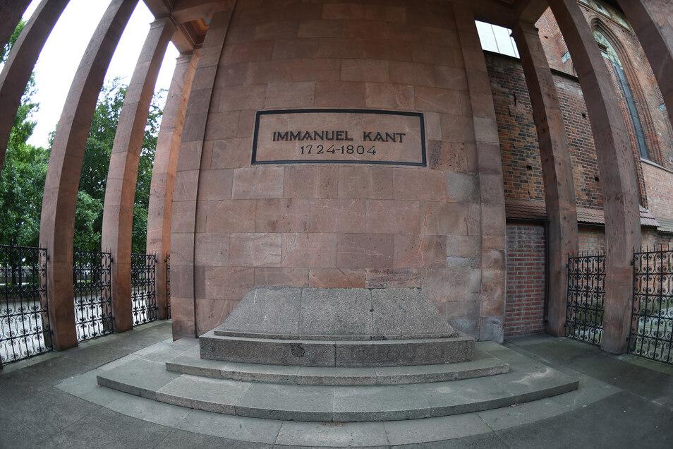 Der deutsche Philosoph Immanuel Kant (1724-1804) ist in Kaliningrad begraben.