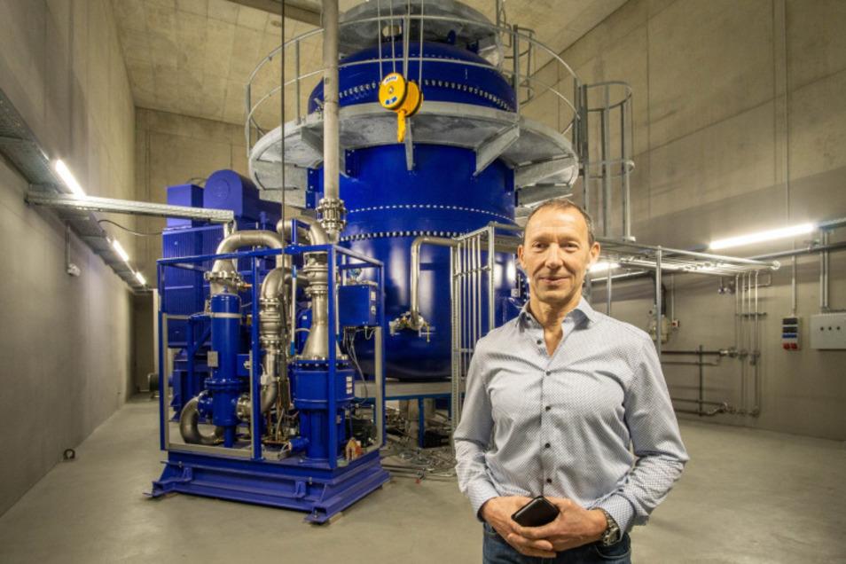 Das ist der dritte große Beschleuniger, der im Mai in Betrieb gehen soll. Geschäftsführer Henry Mitschak ist stolz auf die große Investition.