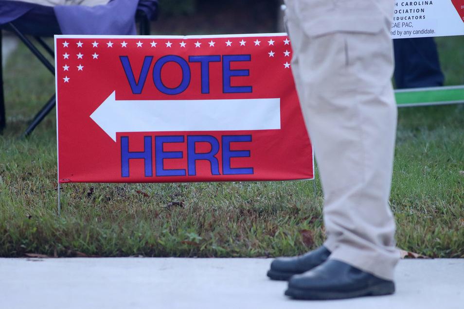 Die Daten registrierter Wähler werden in den USA in der Regel vor Ort in Bezirken und Kommunen gespeichert.
