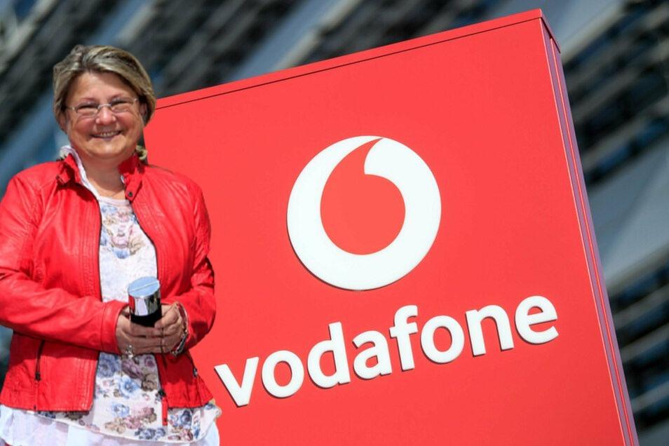 """Geschäftsführerin Uta-Sylke Standke von der Wohnbaugesellschaft in Zittau hält Vodafone für einen """"verlässlichen und starken Partner"""" - trotz Ausfällen."""