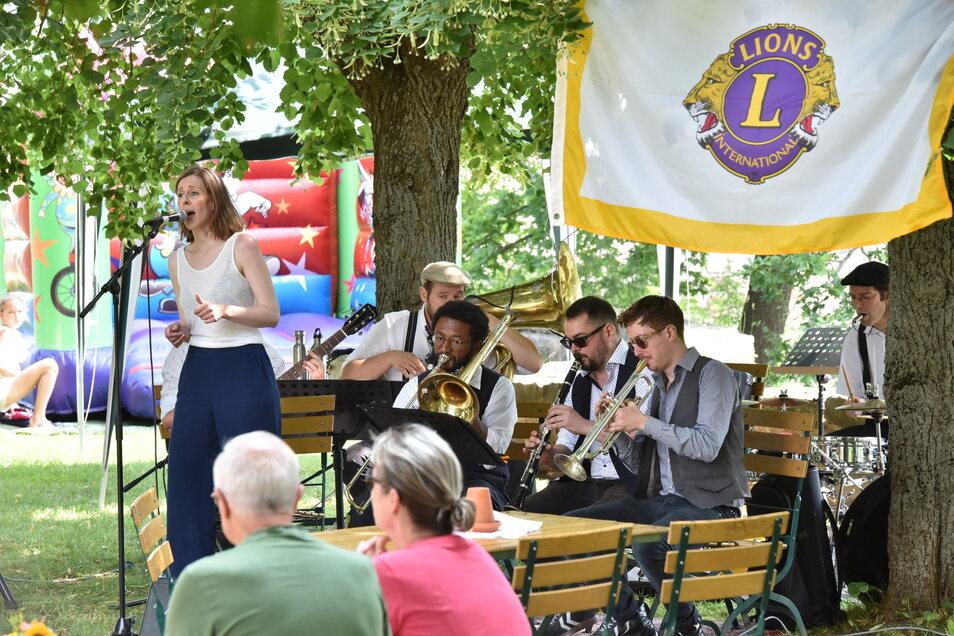 Der Lionsclub Dippoldiswalde hatte zum musikalischen Jazzfrühschoppen nach Paulsdorf eingeladen.