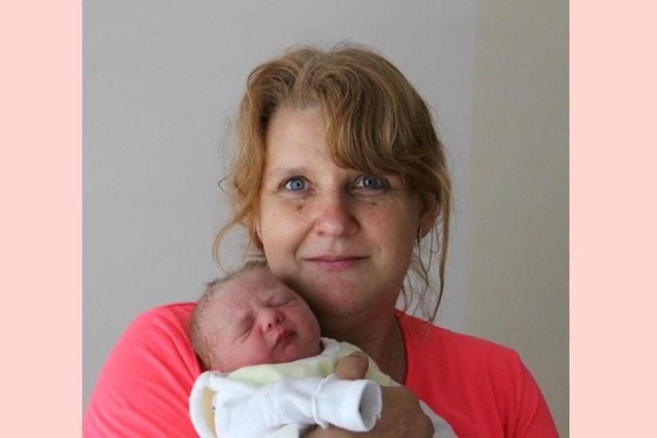 Rosalie Geboren am 20. Juni Geburtsort Bautzen Gewicht 2710 Gramm Größe 48 Zentimeter Eltern Kathrin und Ronny Unger Wohnort Kleinbautzen Foto: Carmen Schumann