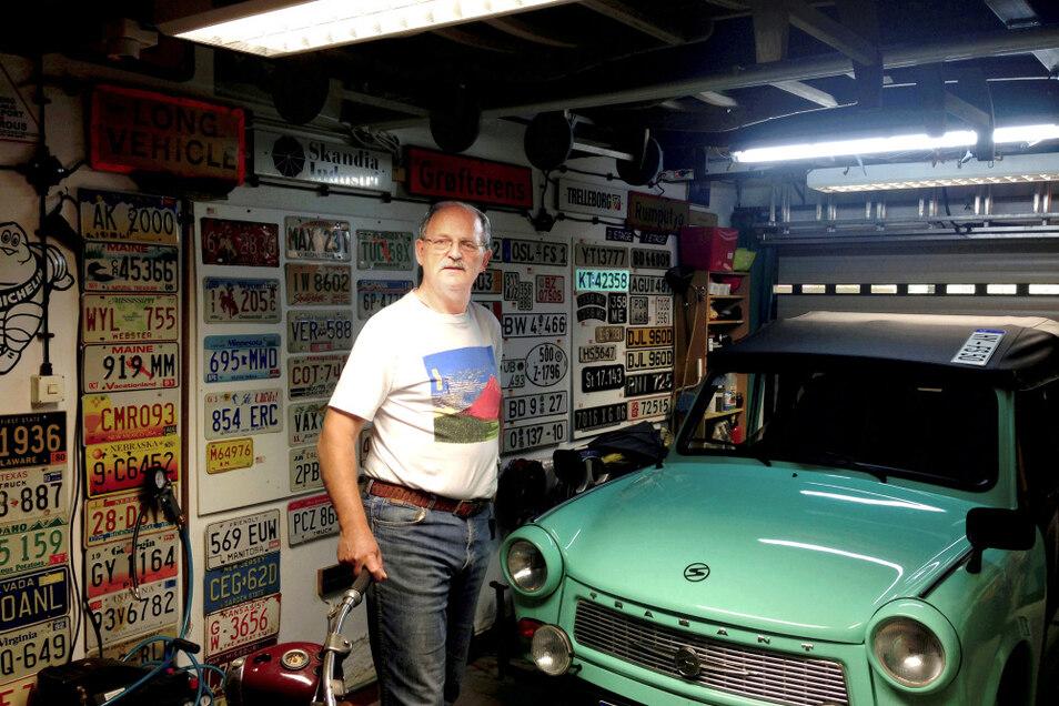 Frank Schulze an seinem Mintgrünen – der Zwickauer startete nach 20 Jahren Garagendasein klaglos.