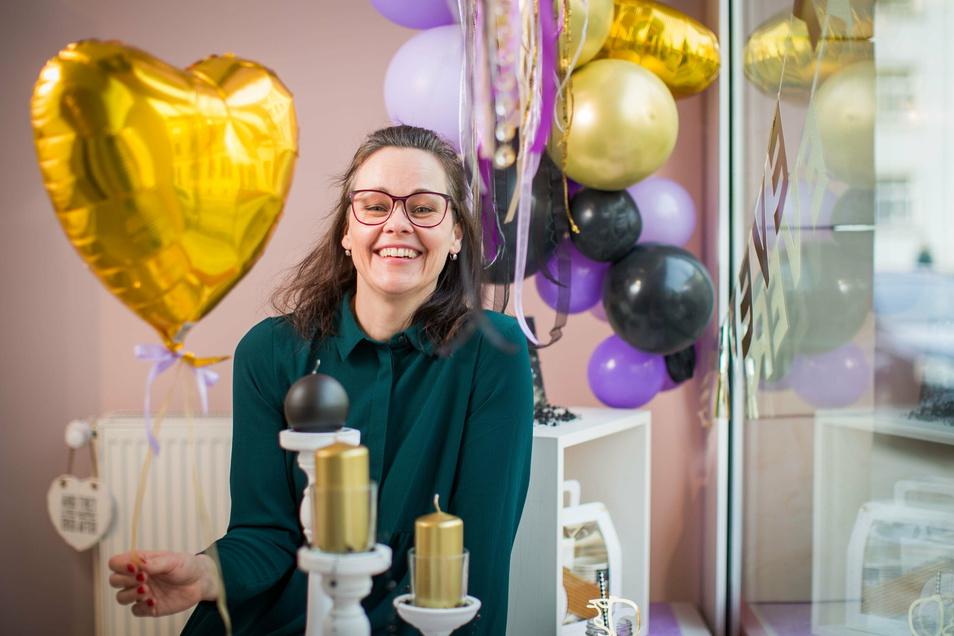 Hochzeitsplanerin Doreen Körner eröffnete im vergangenen Herbst ihren eigenen Laden. Vom Lockdown lässt sie sich die Laune nicht vermiesen.