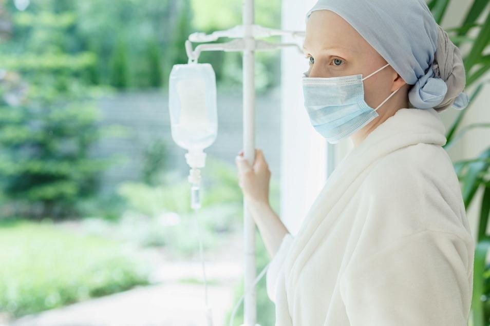 Krebskranke haben ein hohes Risiko für einen schweren Corona-Verlauf.