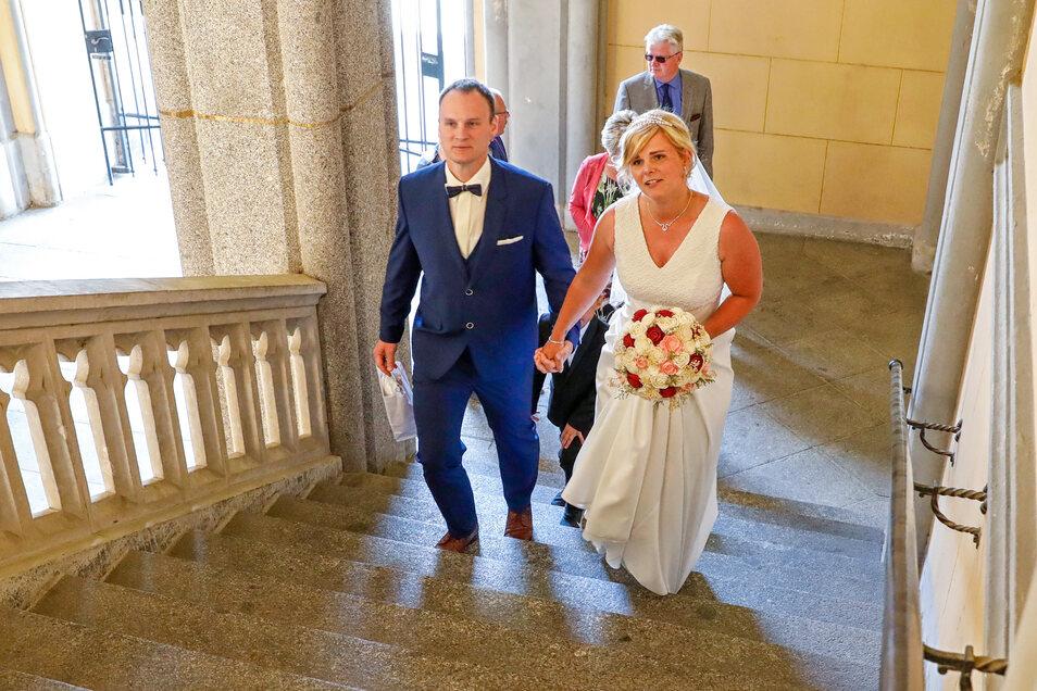 Maria Meurich und Marc Riemer haben am Freitag in Zittau geheiratet. Das lief anders, als ursprünglich geplant.