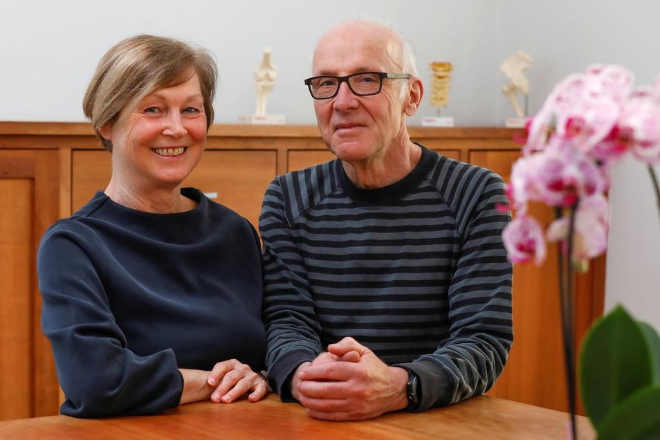 Hausarzt Michael Nowotny übergibt am Mittwoch seine Praxis und seine Frau Ute schließt ihre Physiotherapie.