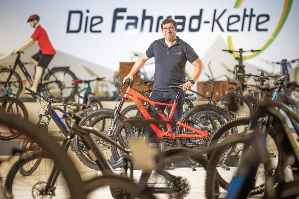 """Andreas Krause, kaufmännischer Leiter der K&K Bike GmbH mit dem Label """"Die Fahrrad-Kette"""", ist mehr als nur zufrieden mit dem Fahrradboom. Besonders E-Bikes sind gefragt."""