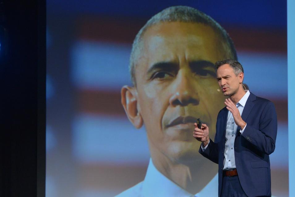 Kriegstreiber Barack Obama? Daniele Ganser bei den Dresdner Jazztagen 2019.